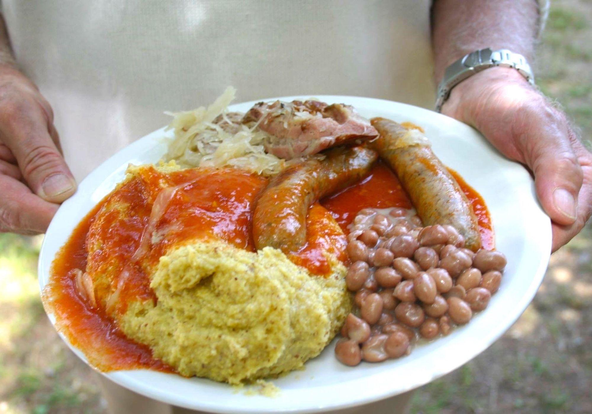 malga-di-coredo-mangiare in malga-polenta